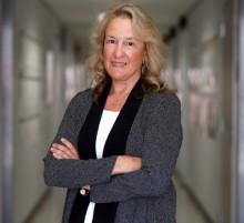 Dr. Carol Barnes